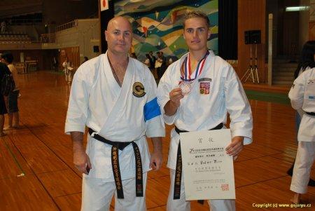 Jaromír Musil a Vladimír Míček medailista okinawského turnaje